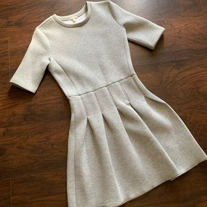 Gray Gap Dress Size 2 ❤️